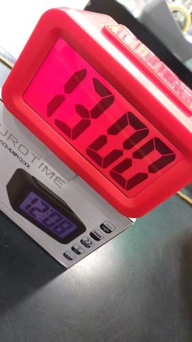reloj despertador eurotime digital con luz continua  33/726