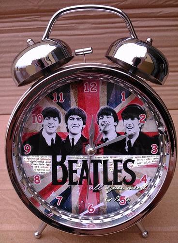 reloj despertador john lennon the beatles