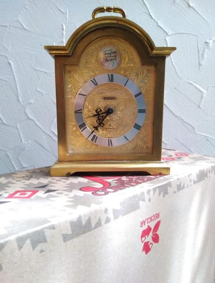 a36dadef34c4 reloj despertador vintage marca swiza de 15 joyas. Cargando zoom... reloj  despertador joyas. Cargando zoom.