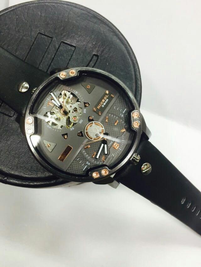 349946286d87 Reloj Diesel Automatico -   165.782 en Mercado Libre