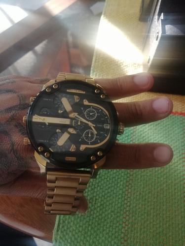 reloj diesel cronógrafo dorado mr. daddy 2.0