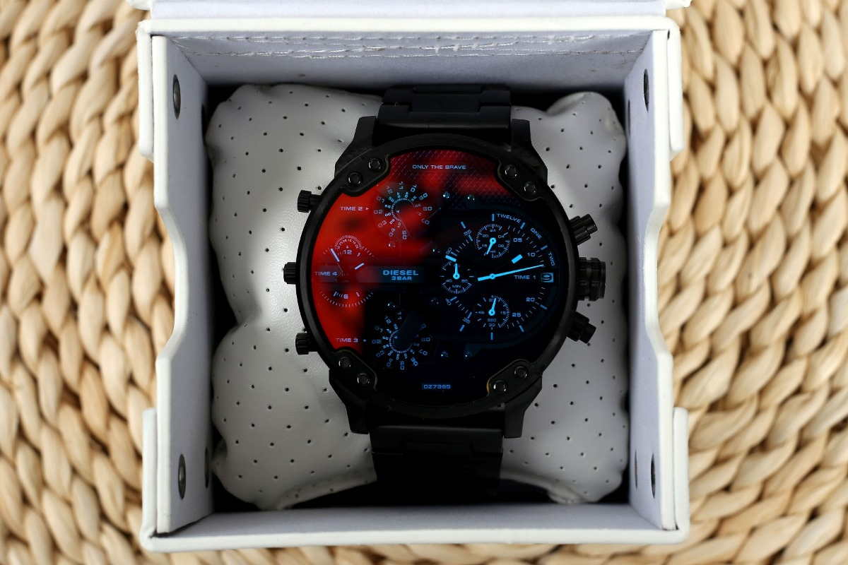931d1064161d reloj diesel dz 7395 mr. daddy 2.0 gunmetal red chronograph. Cargando zoom.