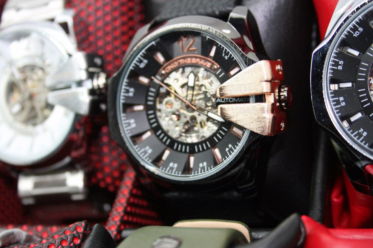 3e02940132b5 Reloj Diesel Hombre Automatico Corazon Abierto-importado -   159.900 ...