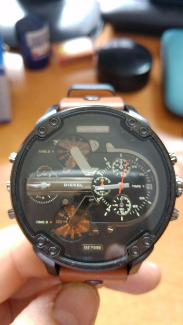 a122da93f94b reloj diesel ironside dz7314 luna de cristal tornasolada ace. Cargando zoom.