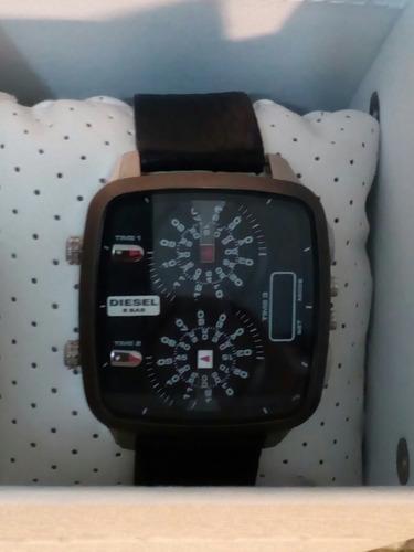 reloj diesel originai tres pantallas horarias en linda caja