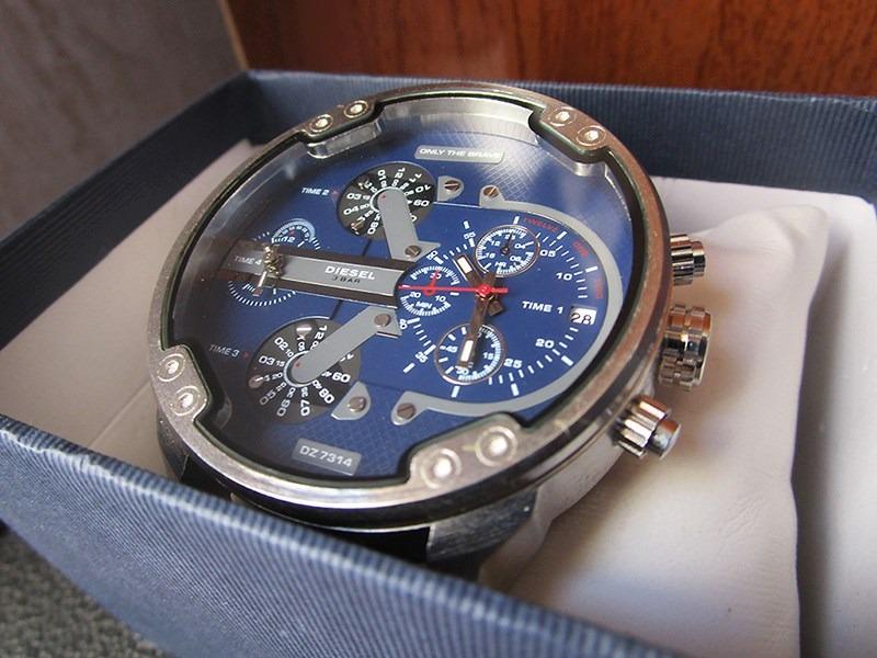4a7f6f23ed78 reloj diesel reloj deportivo. Cargando zoom.