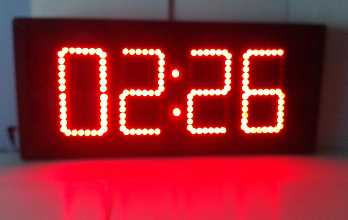 Reloj digital de pared de leds cron metro digitos de 15cm - Reloj pintado en la pared ...