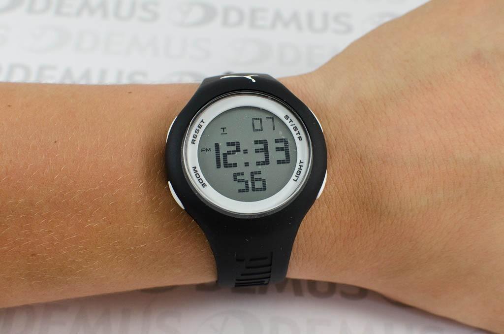d74aa99a1680 reloj digital puma unisex  negro con cara blanca pu910801017. Cargando zoom.