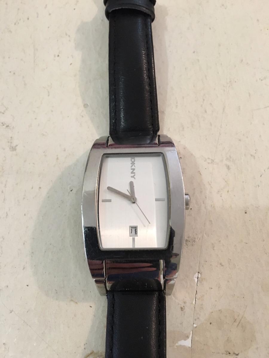 b422a168c156 Reloj Dkny Caballero -   574.71 en Mercado Libre