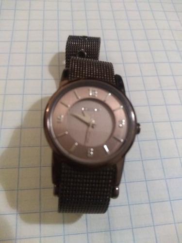 reloj dkny de mujer seminuevo