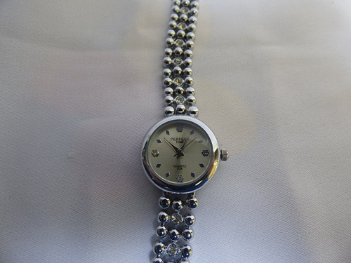 reloj elegante perfect time