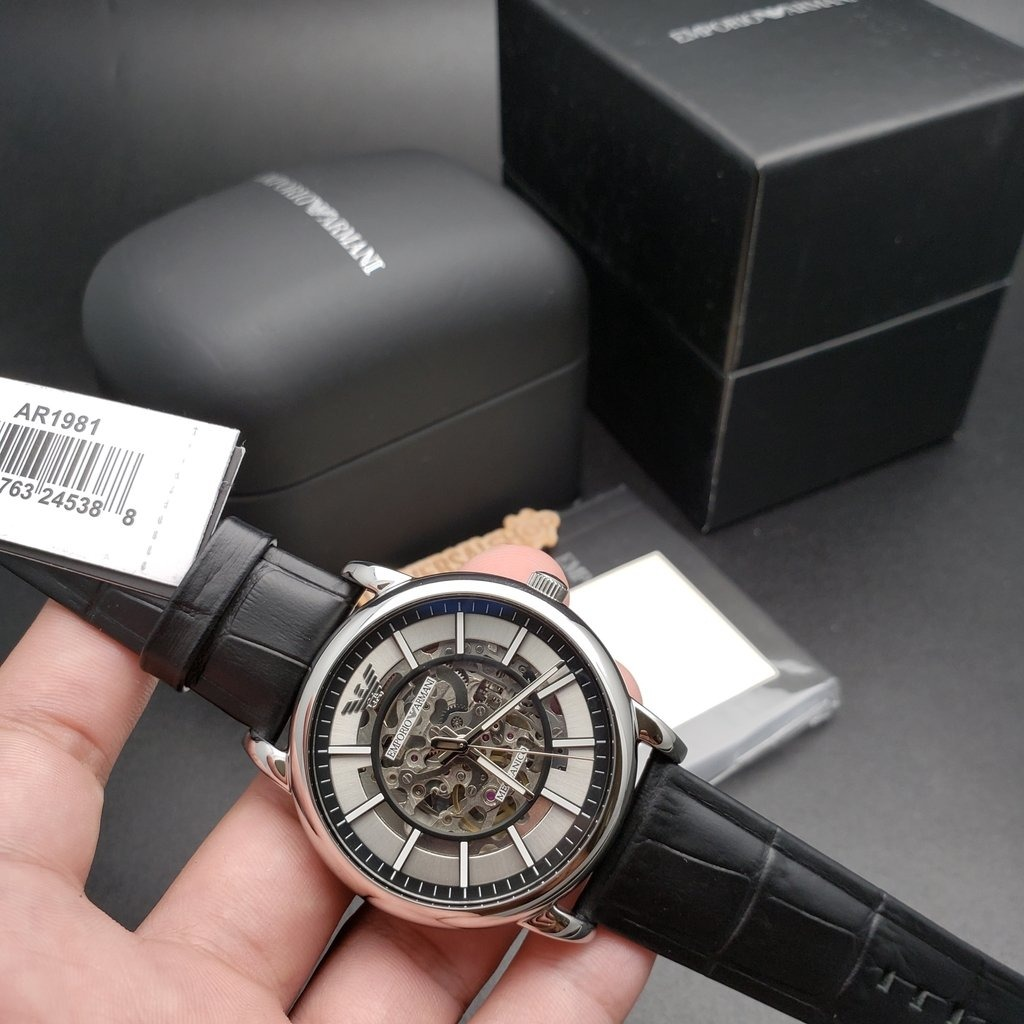 5fe7bbd56fe8 Reloj Emporio Armani Luigi Skeleton Ar1981 -   999.889 en Mercado Libre