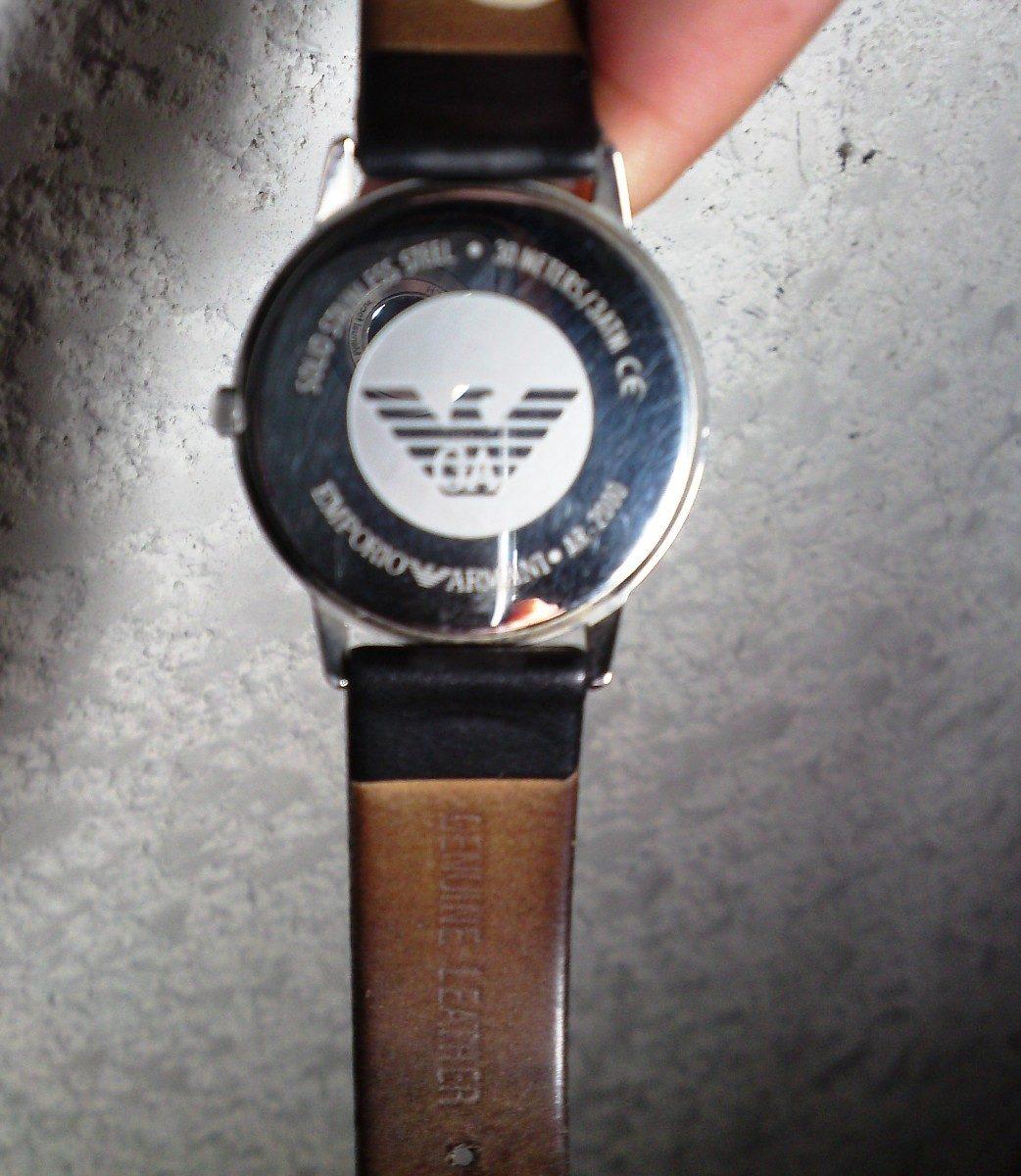 e20cdf081b51 Reloj Emporio Armani Mod. Ar 2000 Clásico