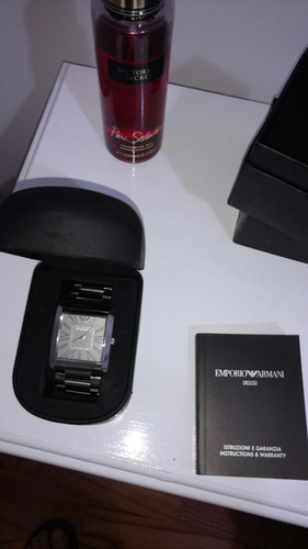 reloj emporio armani, muy elegante! como nuevo!