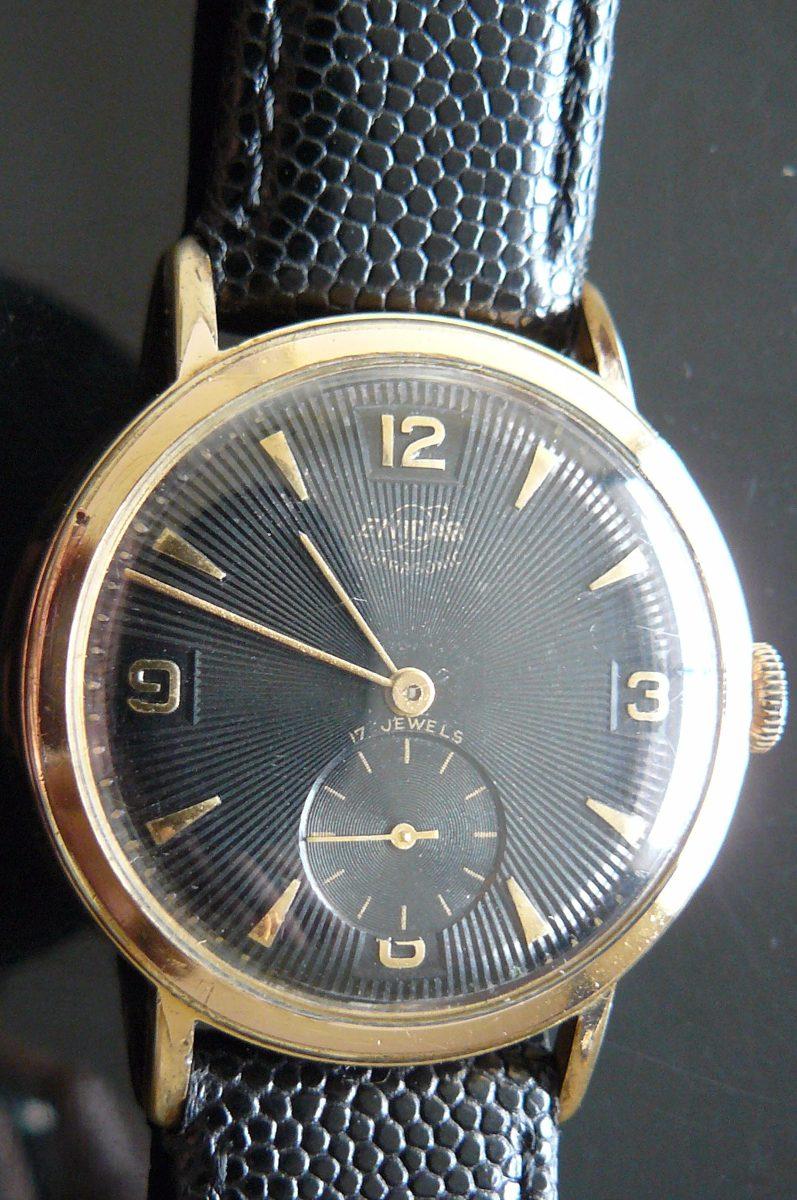 a74bdcd229c3 reloj en oro suizo enicar año 70 vintage 17 rubis a cuerda. Cargando zoom.