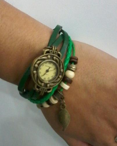 reloj etnico