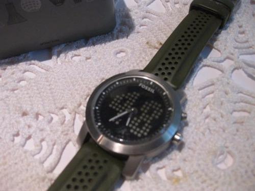 reloj fossil con correa verde