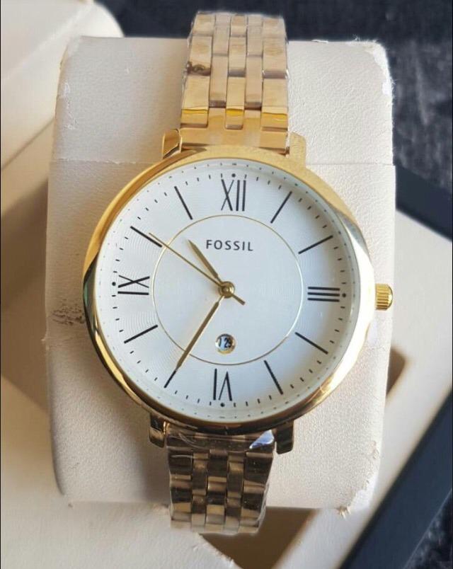 cba2569d90ae reloj fossil de acero inoxidable con calendario para dama. Cargando zoom.