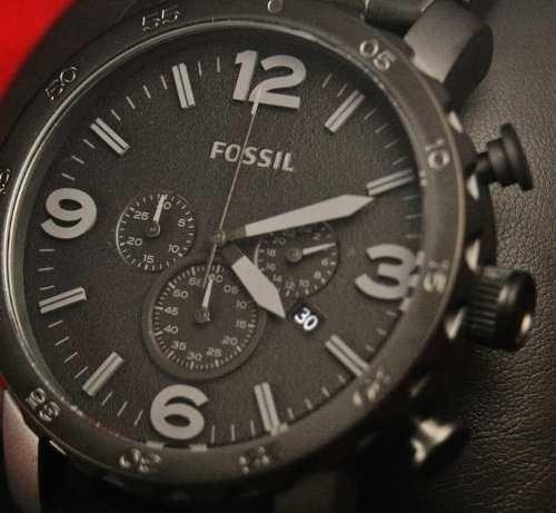 reloj fossil ion con correa de cuero en caja originales