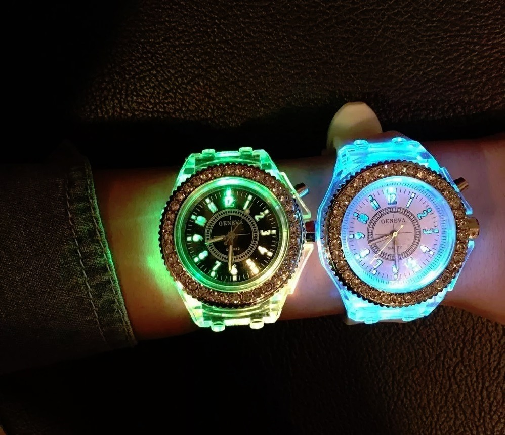 0a2d73324738 Reloj Geneva Luces Led Flash Regalo Envio Gratis -   219.00 en ...