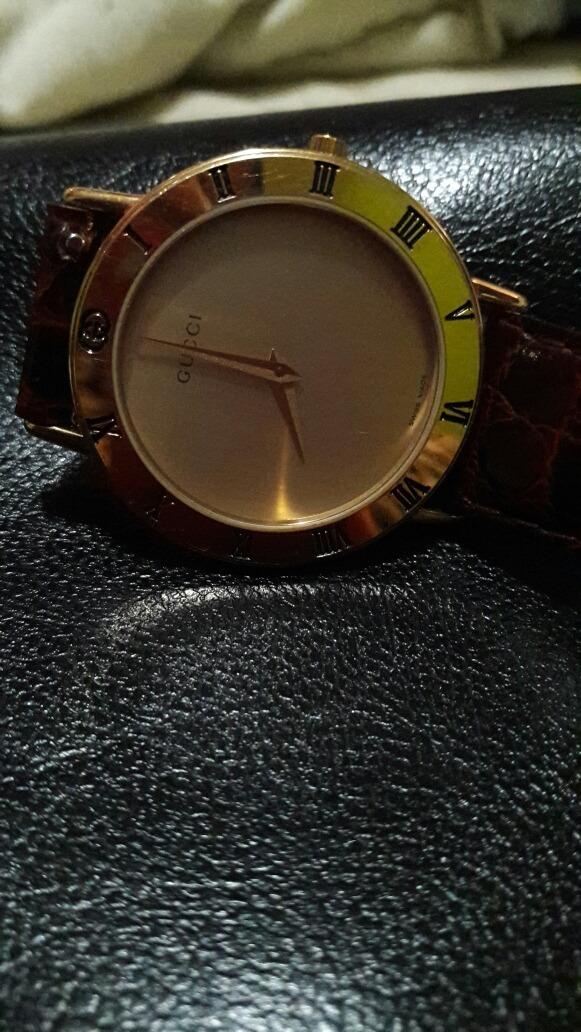 a111b34b79e5 reloj gucci original. Cargando zoom.