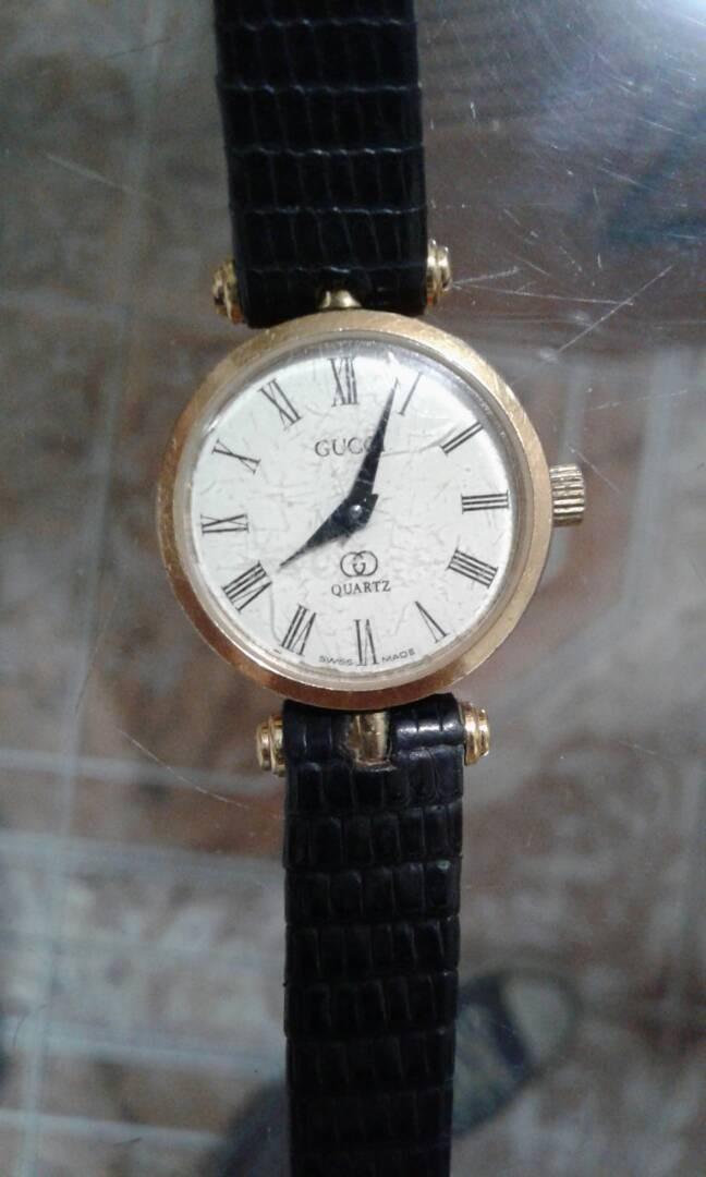 fa23c0001f1f reloj gucci original de dama. Cargando zoom.