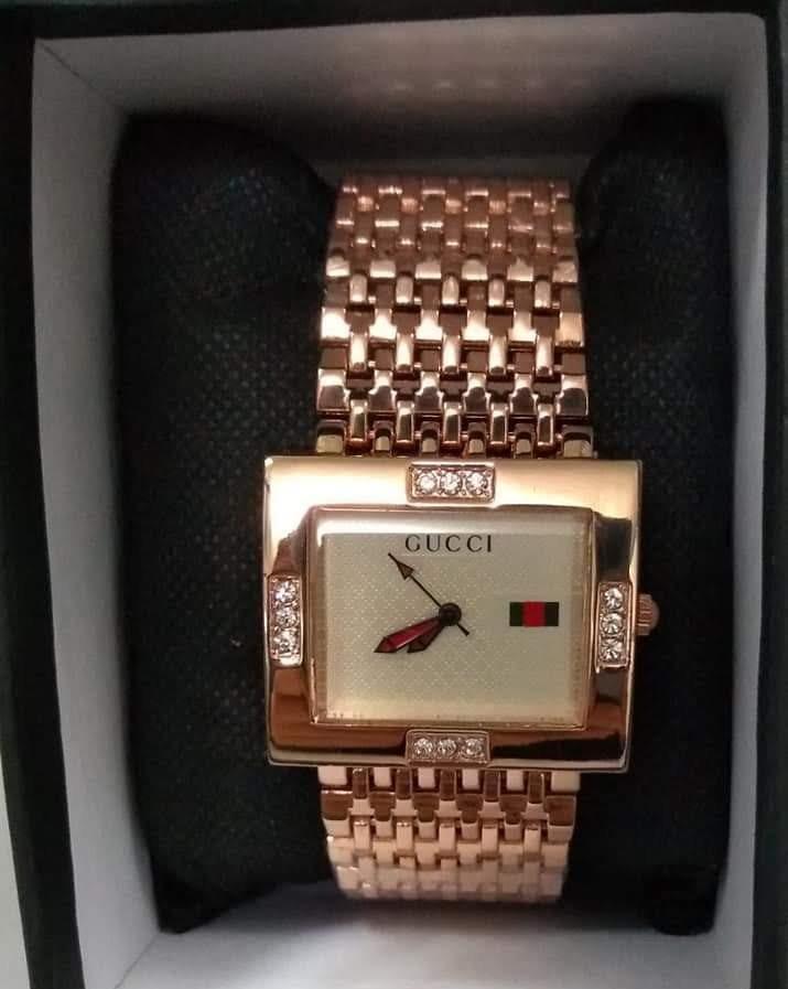 690cbe5aa0ef reloj gucci para dama. Cargando zoom.
