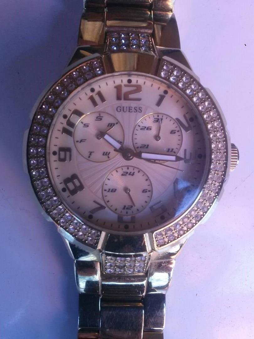 ebf505dd72f1 reloj guess dama original importado usado. Cargando zoom.