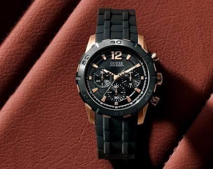 bfb44ee67 Reloj Guess® Original Negro Y Dorado W0864g2 Hombre Nuevo ...
