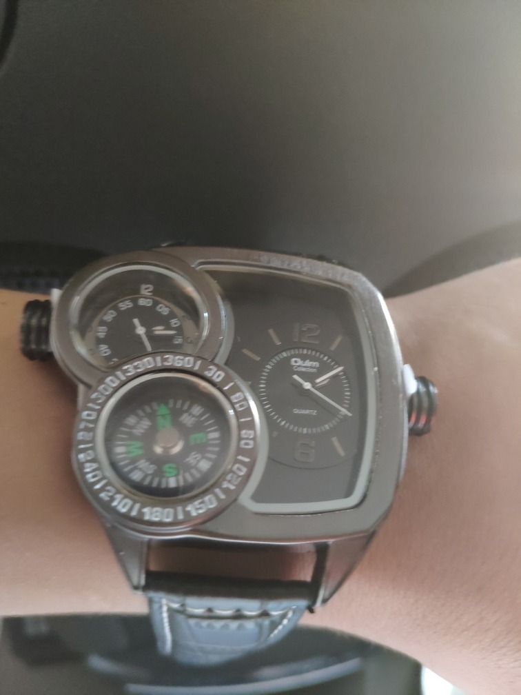 dd34d0b8bf05 Reloj Hombre Deportivo Militar Oulm Diversas Horas -   50.000 en ...