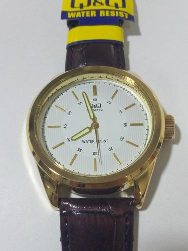 reloj hombre q&q informal pulso cuero diseño qyq moderno