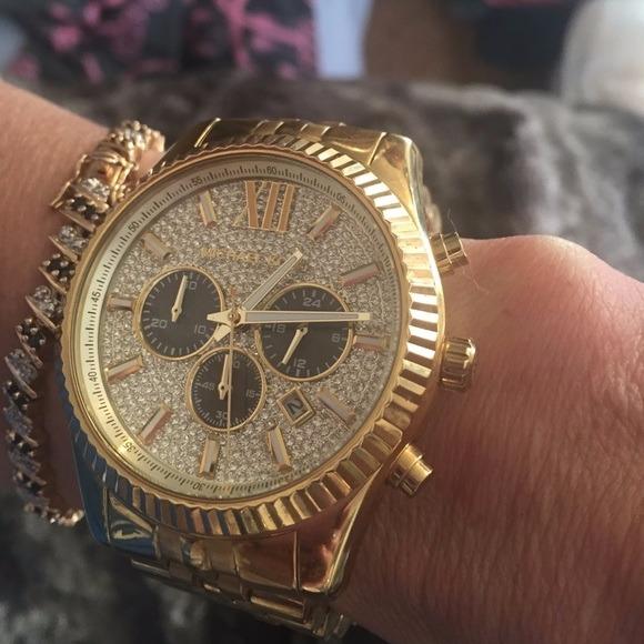 cf58d5c1ee86e Reloj Dorado Michael Kors Lexington Pavé Mk8494 -   6,720.00 en ...