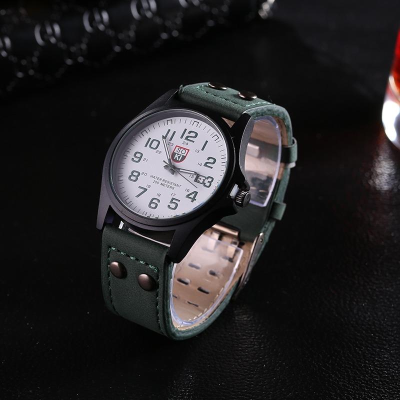 3c03384ede94 reloj militar moda 2018 con correa de cuero. Cargando zoom.