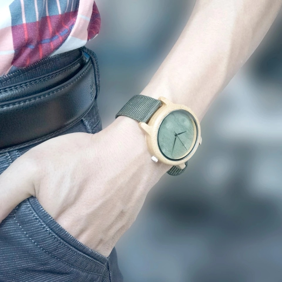 d56ddf410cda Reloj Moderno Hombre Bamboo -   23.990 en Mercado Libre