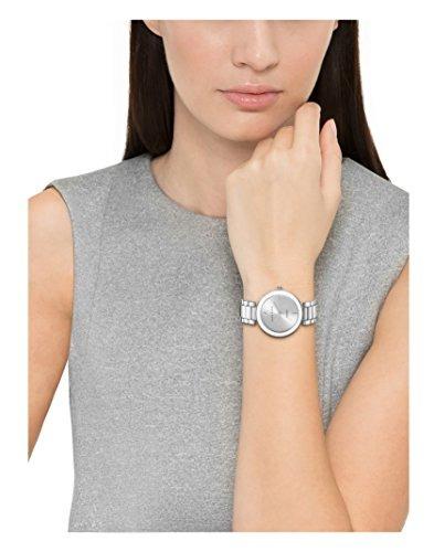 5ffd13b3fd71 reloj plateado con esfera de diamantes para mujer de anne kl · reloj mujer  anne