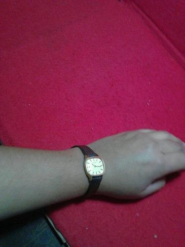 reloj mujer. tissot