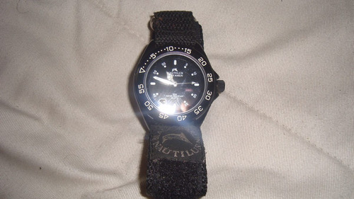 reloj nauti negro