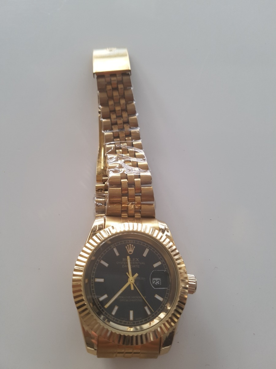 f40efc177613 Reloj Nuevo Sin Uso De Hombre Clásico Dorado -   23.990 en Mercado Libre