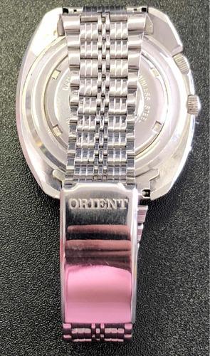 reloj orient tres tornillos