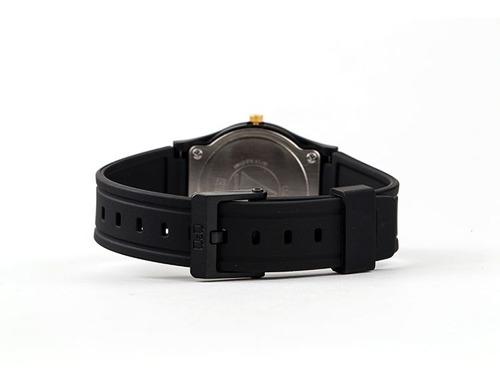 reloj original q&q acuático color negro deportivo