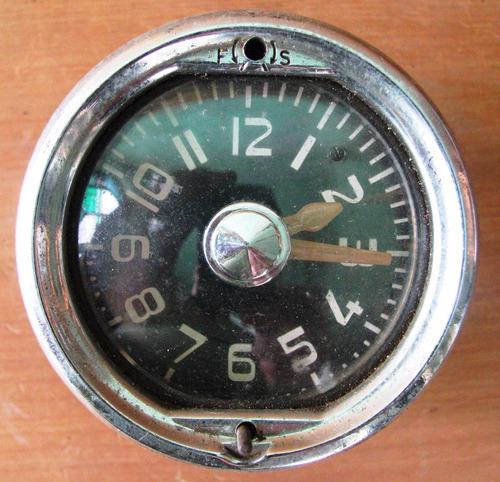 reloj para auto antiguo no se la marca diametro 7 cms.