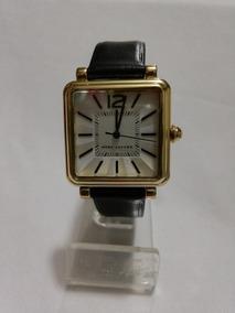 4539bb99a2ed Reloj Para Dama Marc Jacobs Correa En Piel Original