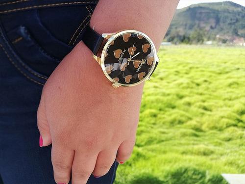 reloj para mujer corazones amor + caja de regalo