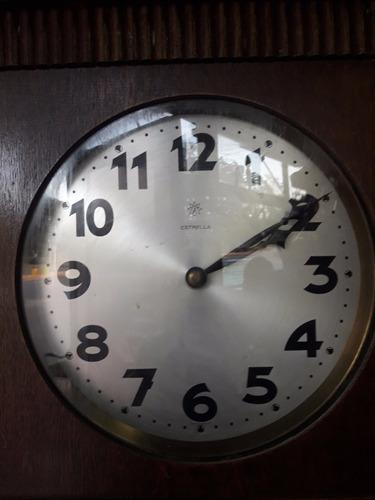 reloj péndulo de pie