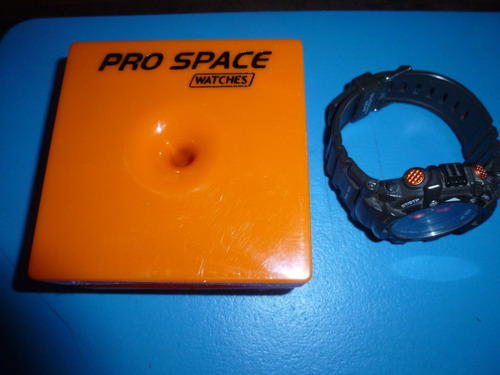 reloj pro space, de outdoors usado muy sano.