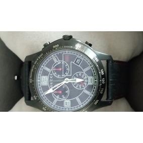 389b408eed3a9 Reloj Gucci Quartz - Joyas y Relojes en Mercado Libre México
