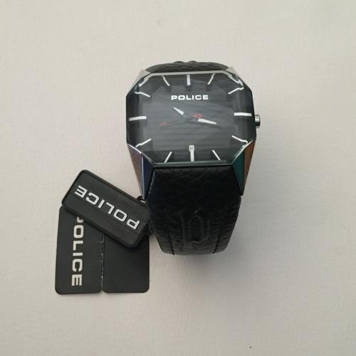 reloj pulsera de cuero police