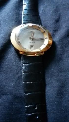 reloj pulsera haste
