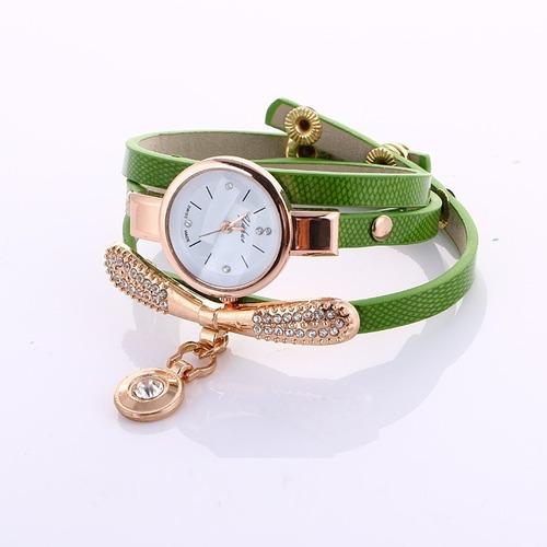 reloj pulsera para dama con dije moda mayoreo 2019