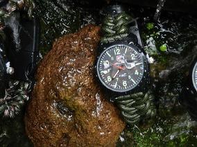 2cb2085039b2 Bomberg Reloj Cobra en Mercado Libre México